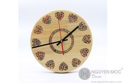 Art Love Color Wood Clock