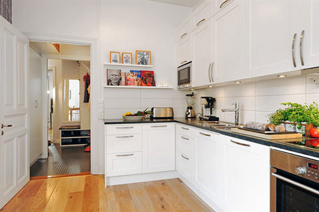 Color For Small Kitchens