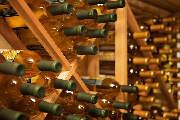 Horizontal Wine Storage
