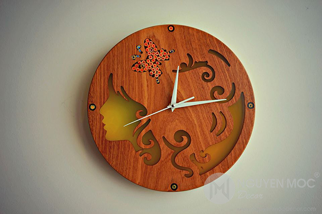 Resin Colored-Pencil Wall Clocks