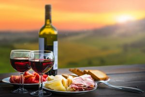 The 10 Health Benefits of Wine Will Inspire You