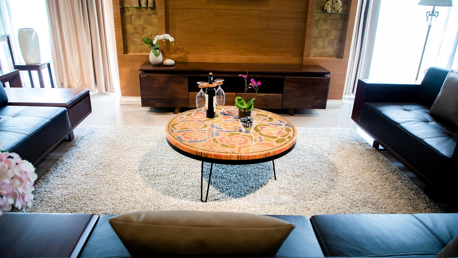 Unique Home Decor Table