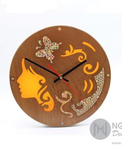 Vintage-inspired Wood Wall Clock